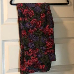 Floral LuLaRoe Tall & Curvy leggings